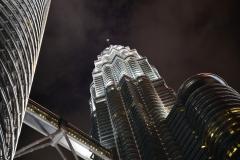 Petronas-night
